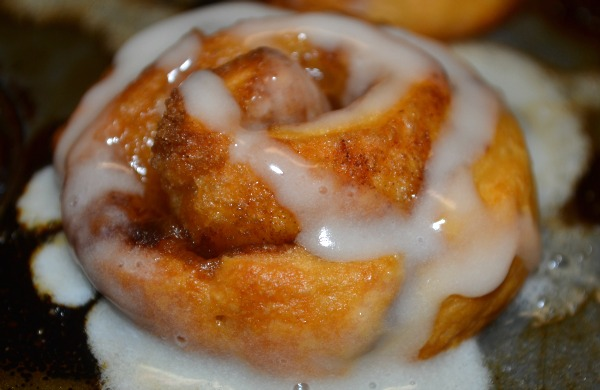 15 Minute Miniature Cinnamon Rolls