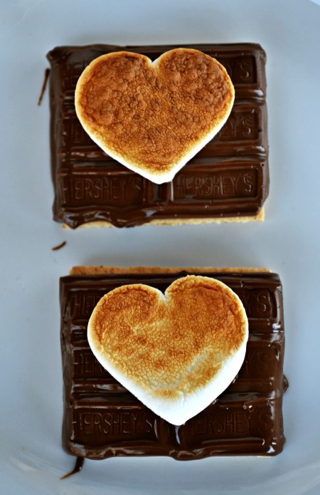 Valentines S'mores - just 3 ingredients and sooooo cute!