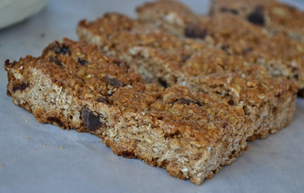 Dark Chocolate & Cherry Granola Bars
