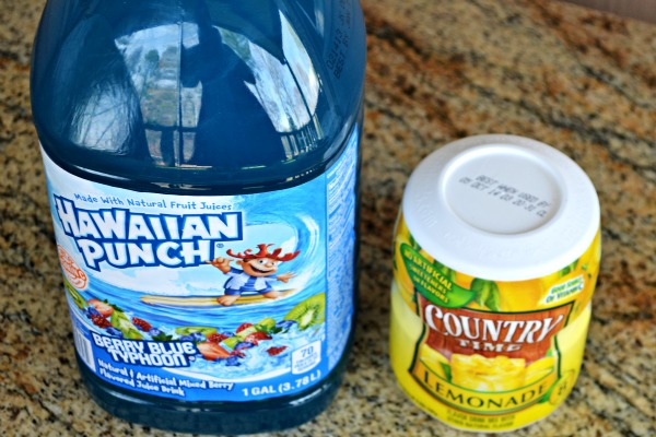 Tiffany Punch - all you need is two ingredients and it tastes like a jolly rancher!