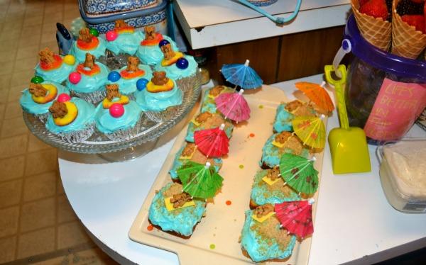 Teddy Graham Cupcakes