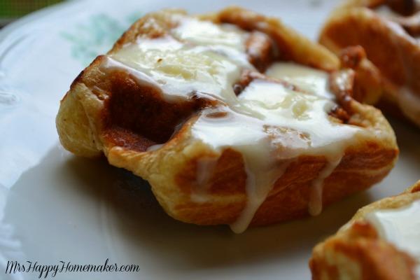 Easy Cinnamon Roll Waffles - Mrs Happy Homemaker