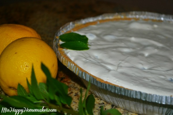 Lemon Icebox Pie aka Lemonade Pie