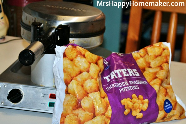 Hashbrowns in the Waffle Maker, from tater tots
