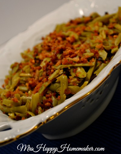 Lemon Garlic Green Beans with Crispy Crumbs