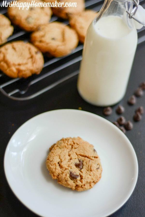 Gluten Free Flourless Peanut Butter Chocolate Chip Cookies
