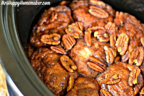 Slow Cooker Cinnamon Rolls