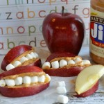 Apple Teeth - perfect snack for the kids, for their lunch, & perfect for Halloween!