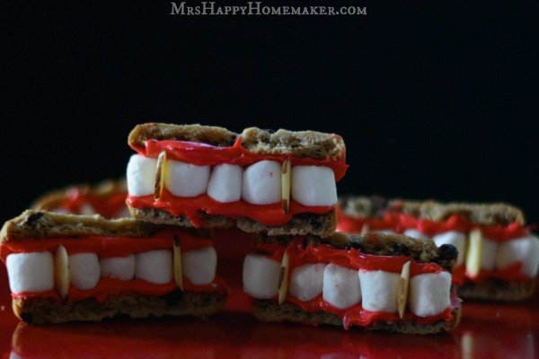 Easy Vampire Teeth
