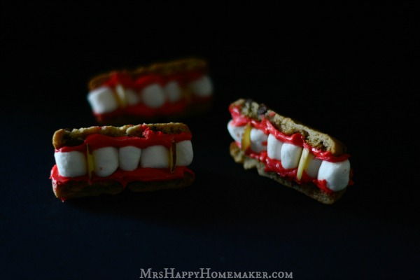 Easy Dracula Teeth