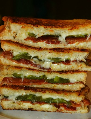 Bacon Jalapeño Popper Grilled Cheese