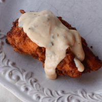 Fried Chicken Breasts with Jalapeño Cream Gravy