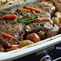 The BEST Crockpot Pot Roast, only 5 ingredients! | MrsHappyHomemaker.com @mrshappyhomemaker
