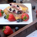 Easy Baked Berry Cheesecake Egg Rolls
