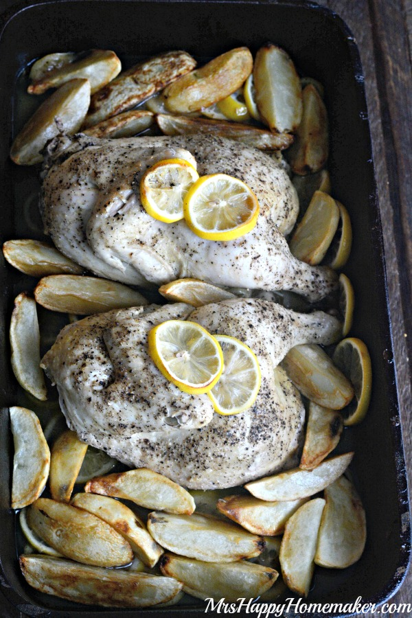 Greek Restaurant Style Lemon Garlic Chicken - my best friend learned how to make this delicious & easy dish in a family Greek restaurant some 20 years ago & it's SO good! It's all about the method here!!
