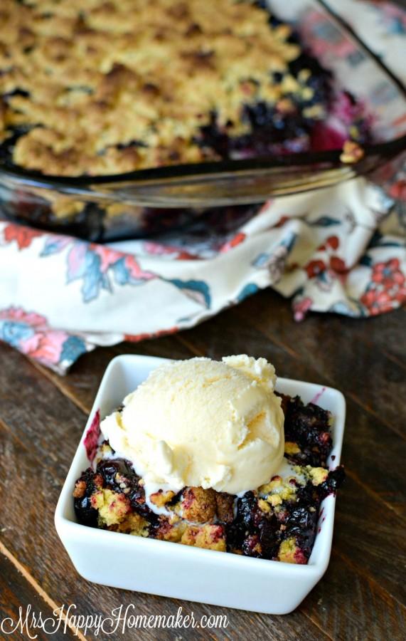 4 Ingredient Blueberry Cobbler