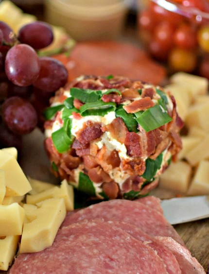 Bacon cheddar cheese ball with green onions