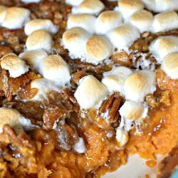 PRALINE MARSHMALLOW SWEET POTATO CASSEROLE - my favorite!!