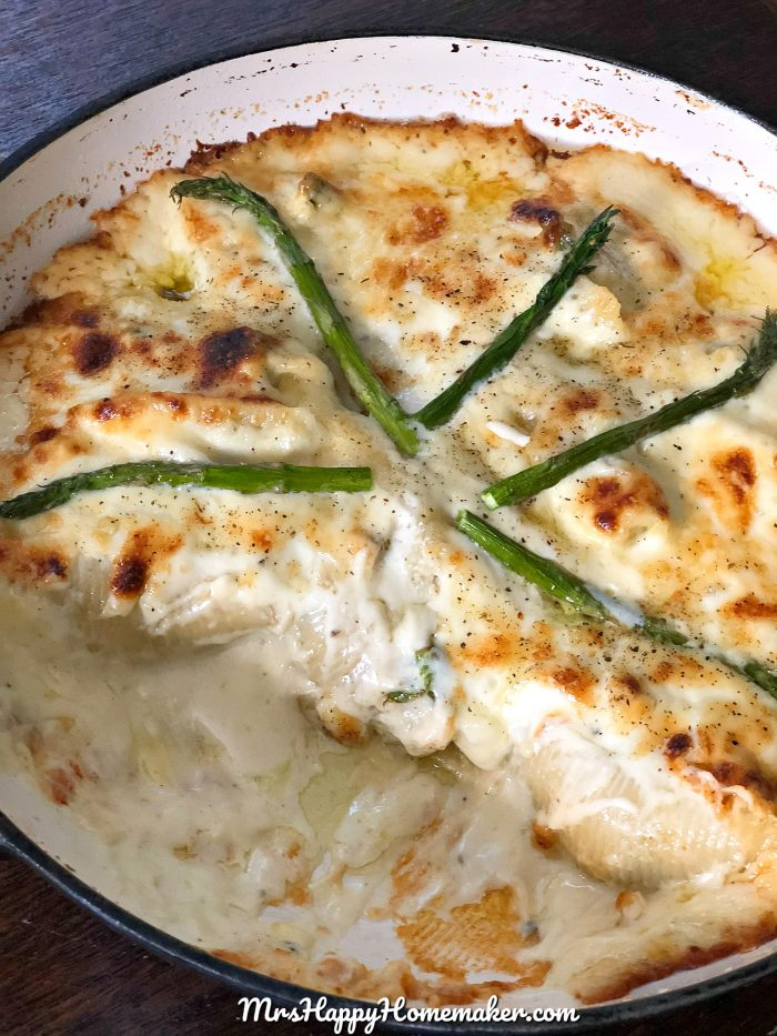 Chicken Asparagus Stuffed Shells Alfredo | Chicken & Asparagus mixed with a ricotta & mozzarella - stuffed in jumbo shells & baked with a simple homemade Alfredo