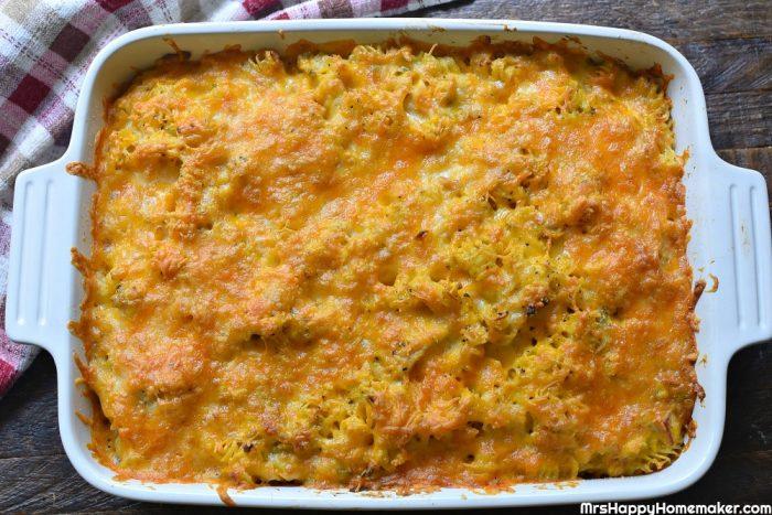 Green Chile Chicken Cheesy Pasta Bake | MrsHappyHomemaker.com