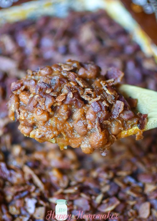 These Country Style Baked Beans have a mix of different beans & are the perfect blend of sweet, savory, & salty. This is my FAVORITE recipe for baked beans! | MrsHappyHomemaker.com @mrshappyhomemaker