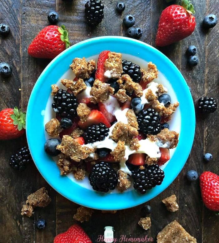 Fruit Bowls with Cashew Cookie Crumbles