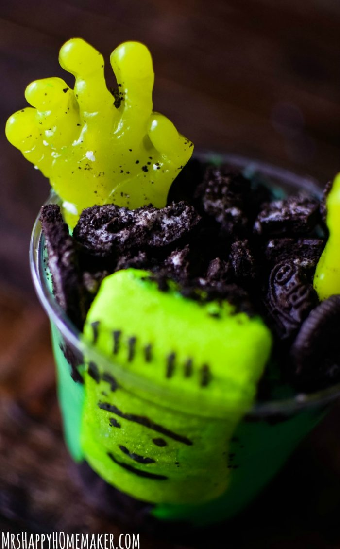 'Rising Dead' Zombie Pudding Cups
