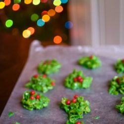 No-Bake Holly Berry Cluster Cookies
