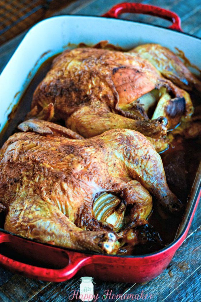Oven Roasted Rotisserie Style Onion Chicken | MrsHappyHomemaker.com @mrshappyhomemaker
