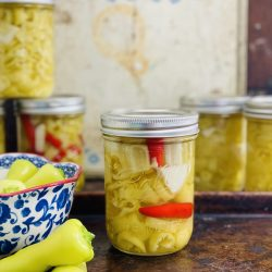 Canned banana peppers