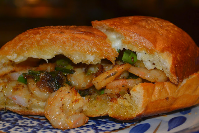 Shrimp Scampi Po' Boys {On Garlic Bread}