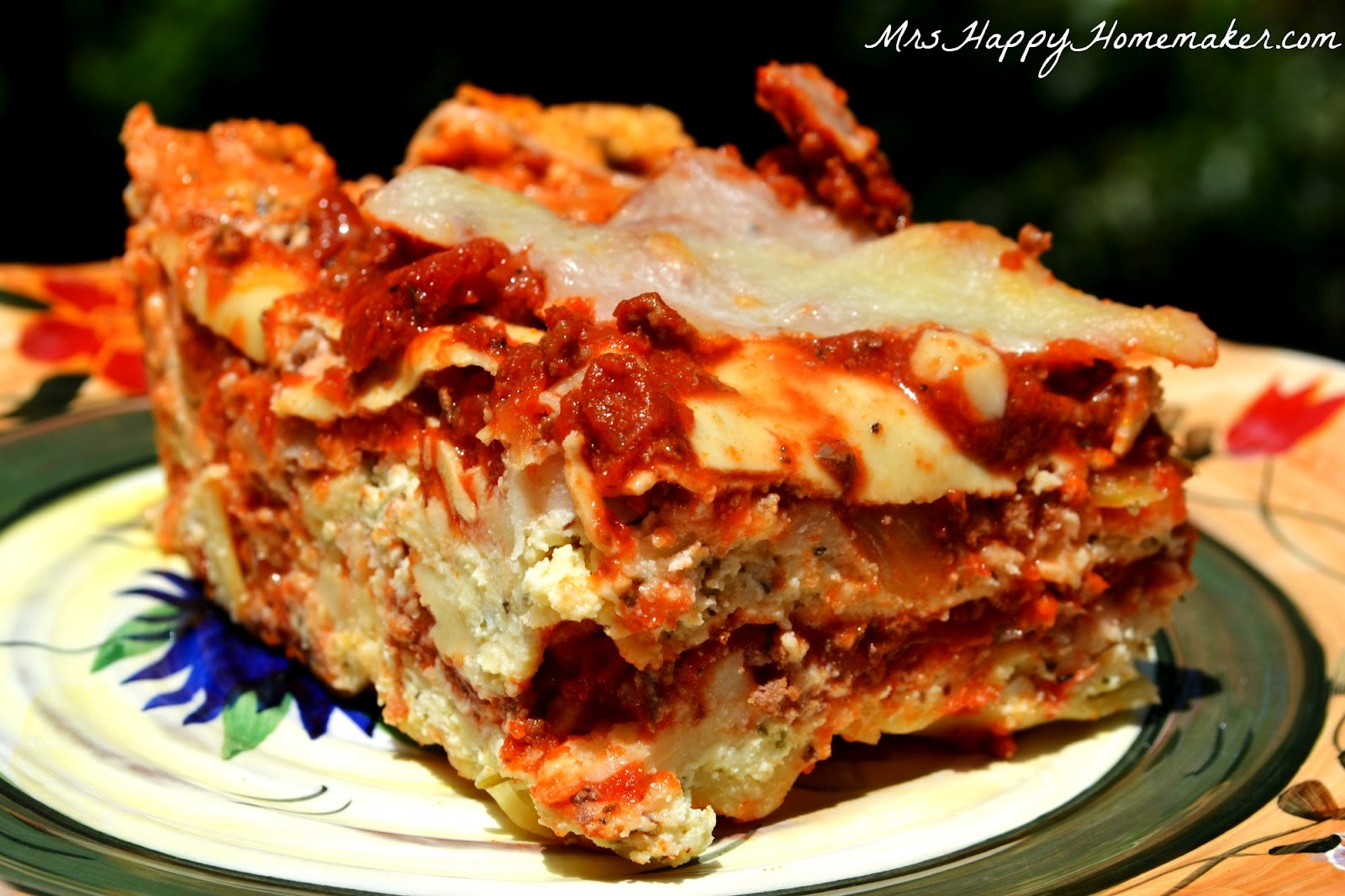 The Best Meat Lasagna Recipe -- How to Make Homemade Italian Lasagna ...
