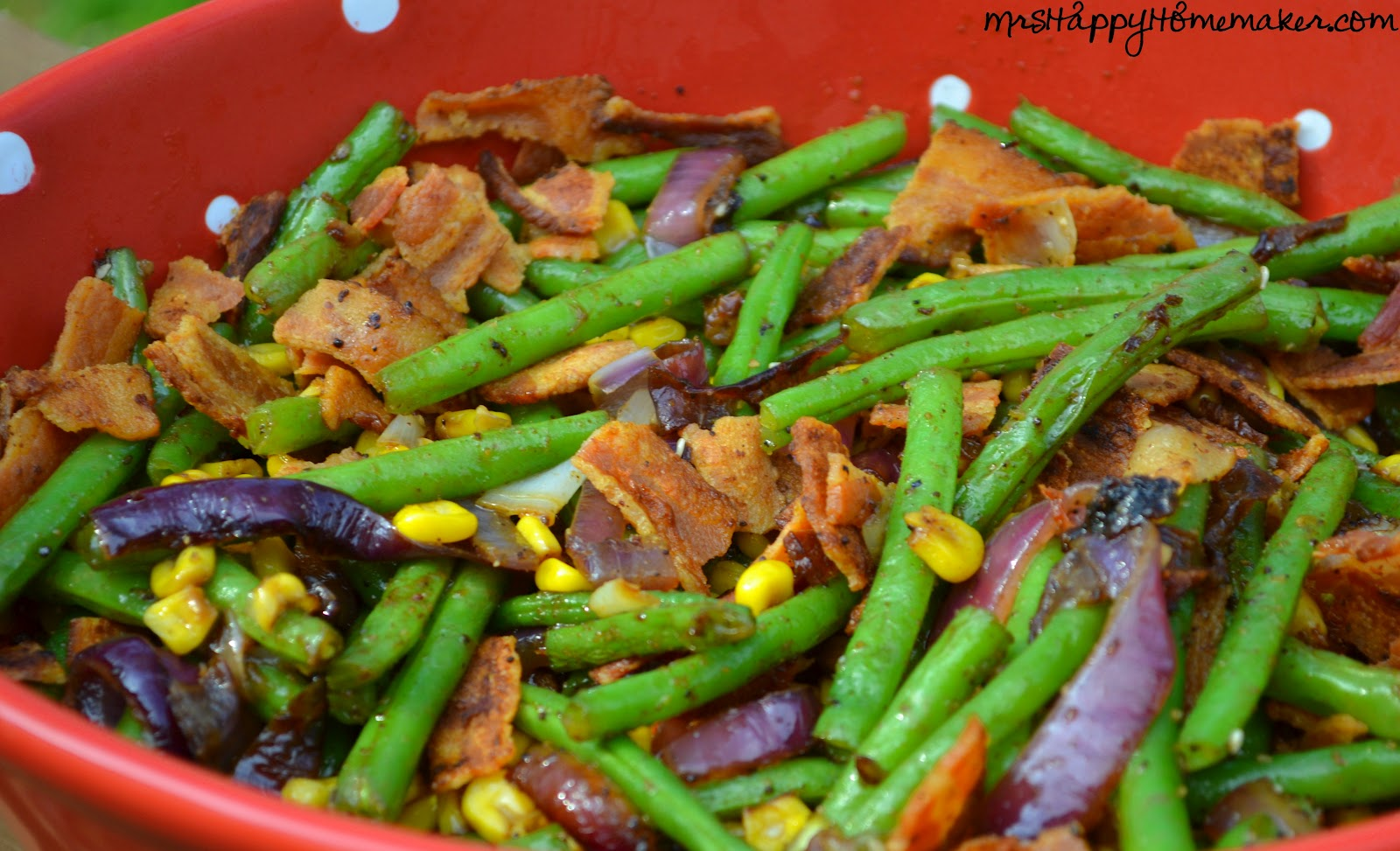 These simple green beans with bacon & caramelized onions are anything ...