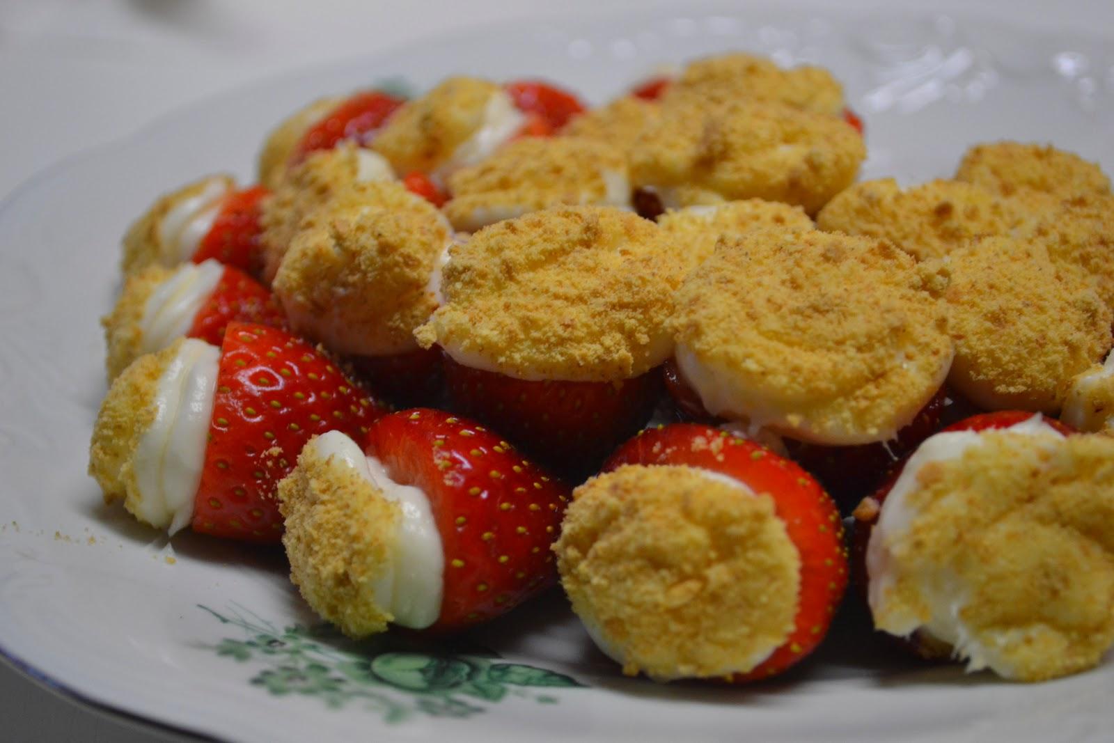 Strawberry Cheesecake Bites - Mrs Happy Homemaker
