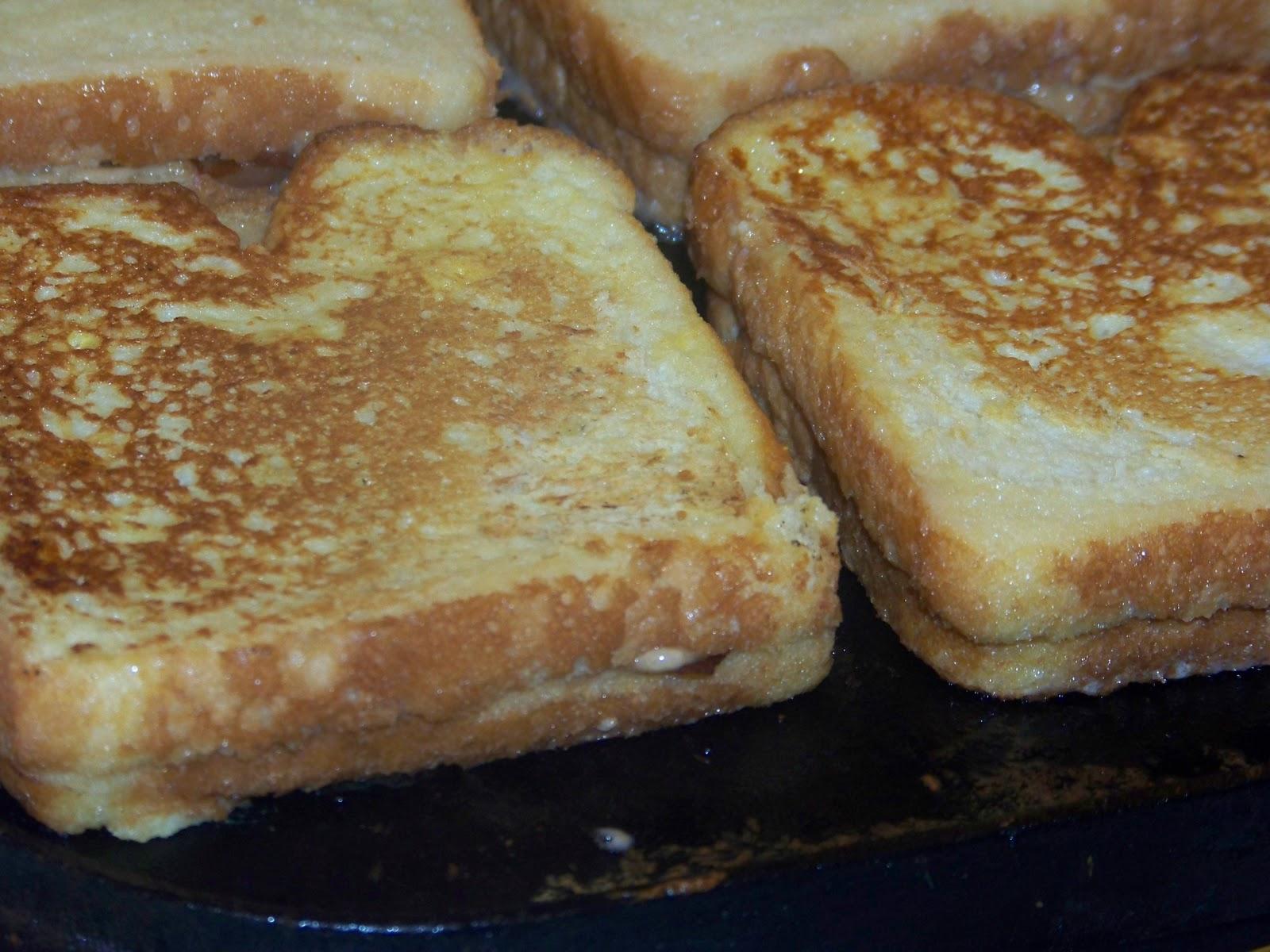Bacon Stuffed French Toast - Mrs Happy Homemaker